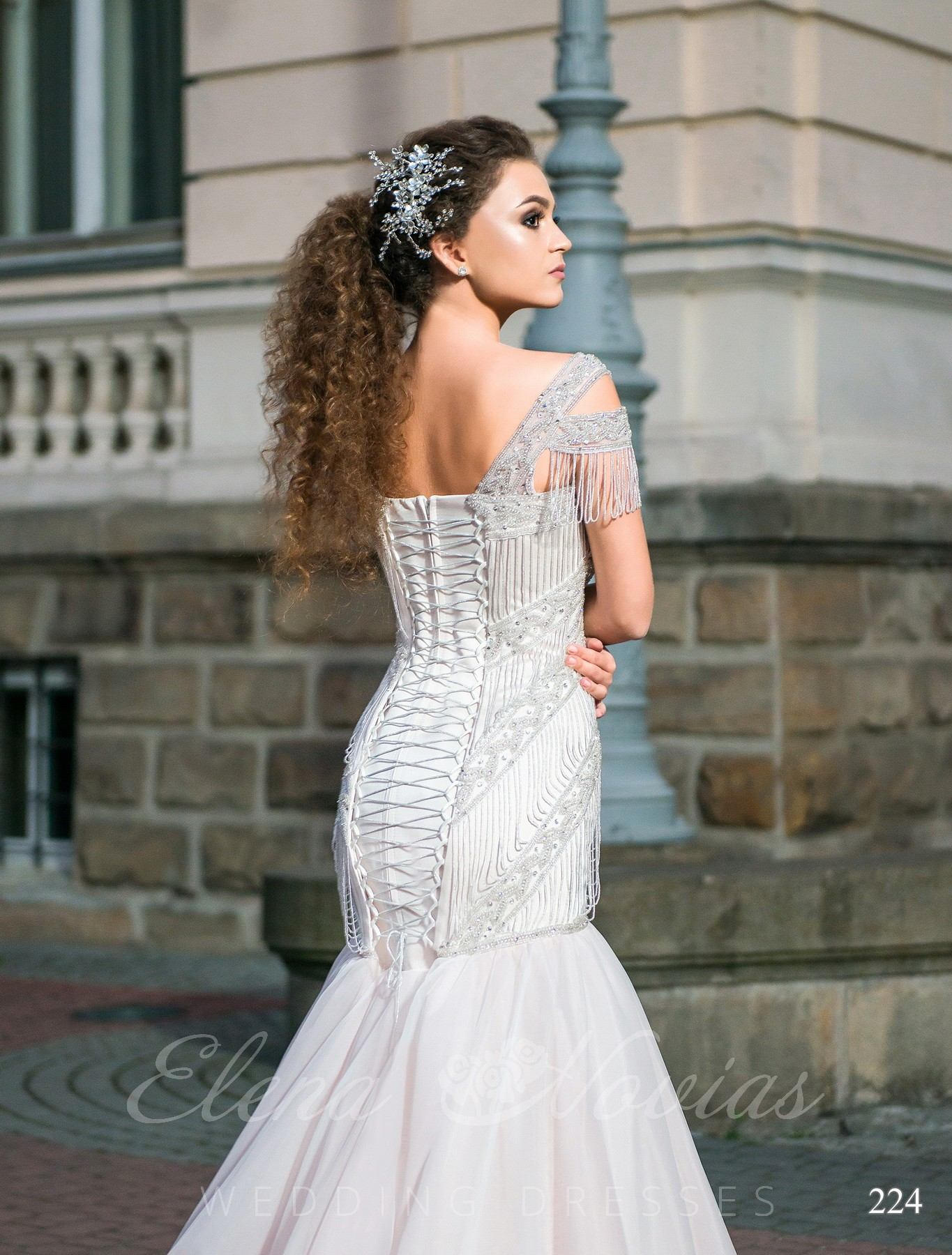 Fish silhouette wedding dress model 224