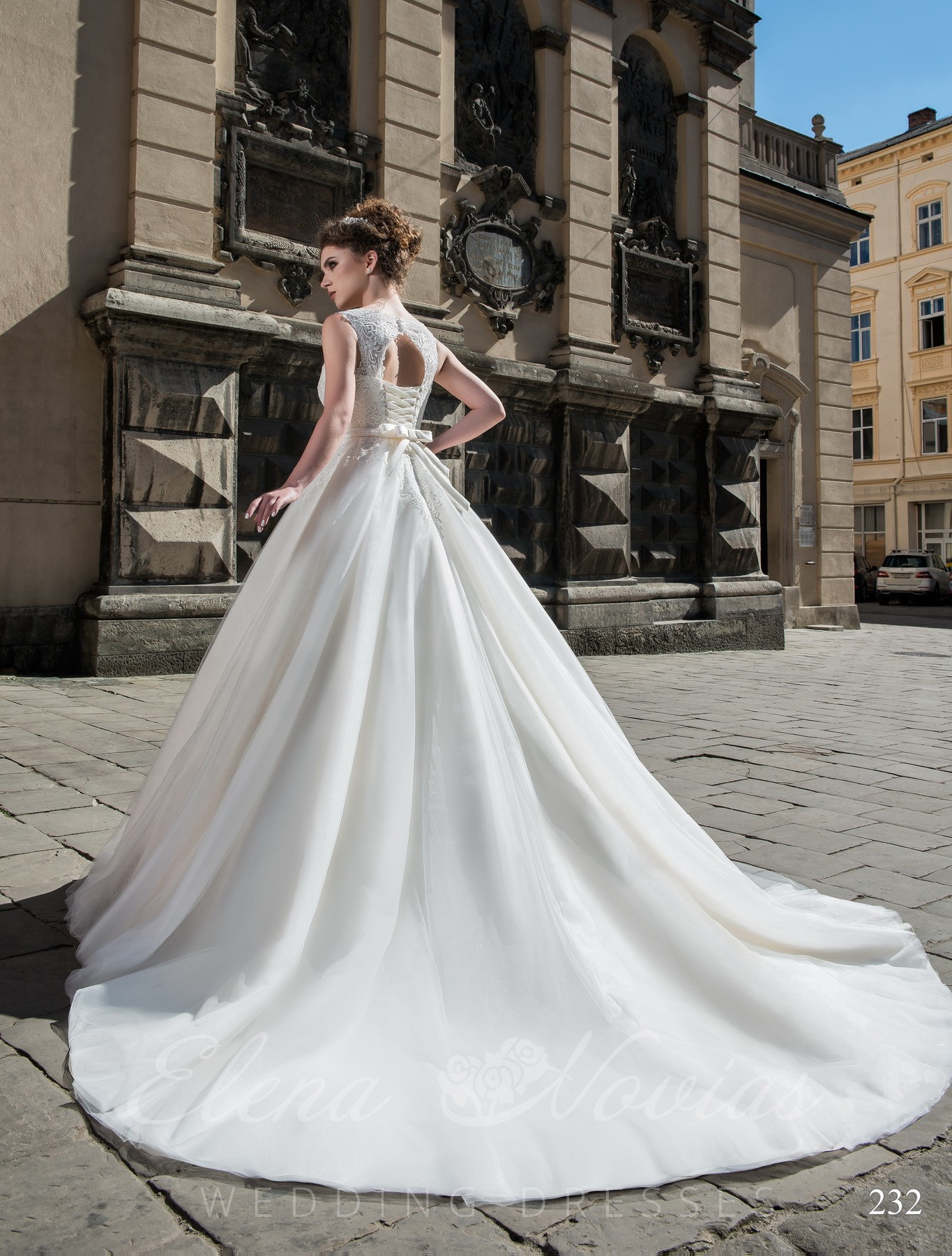 Ball gown wedding model 232