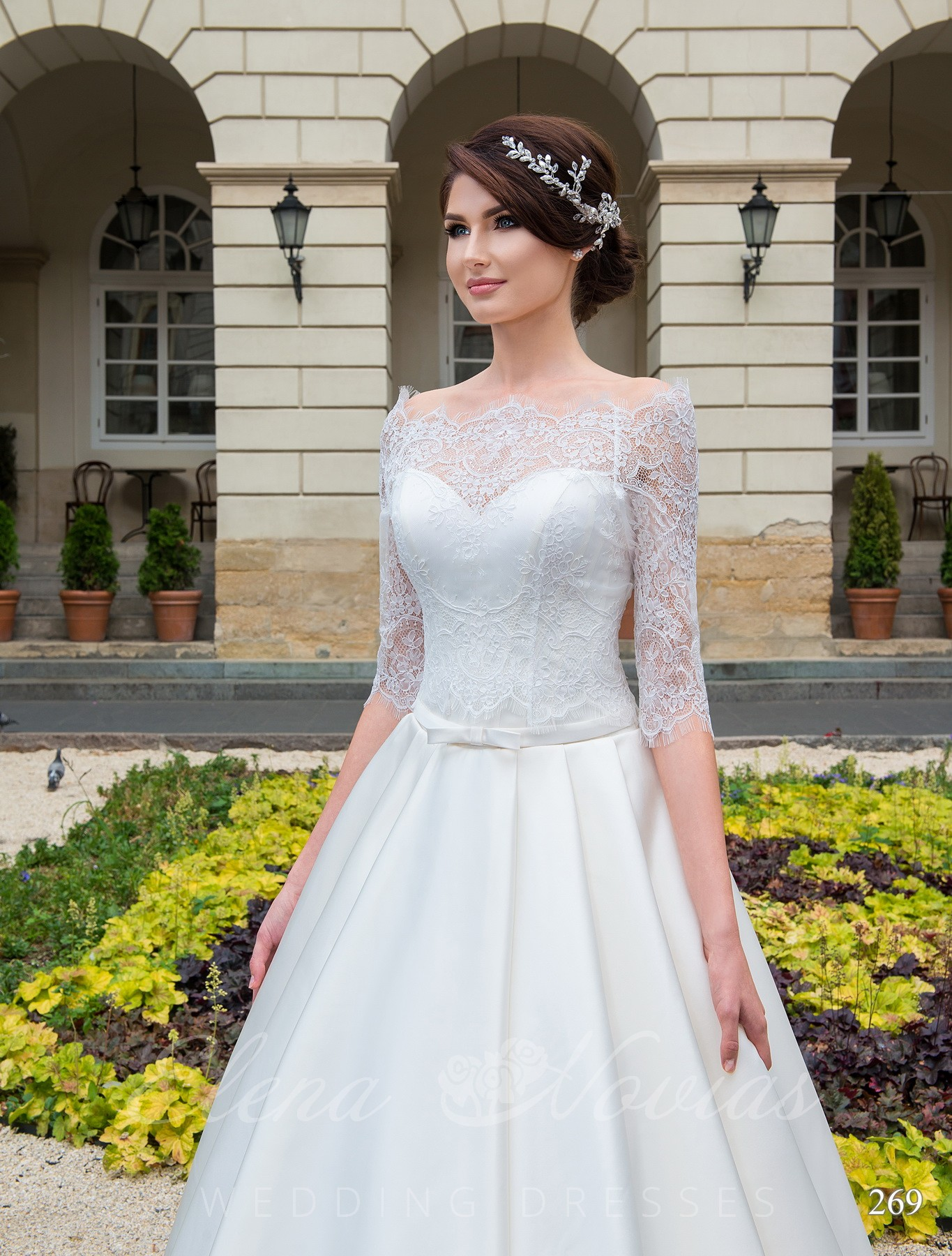 Wedding dress with pockets model 269