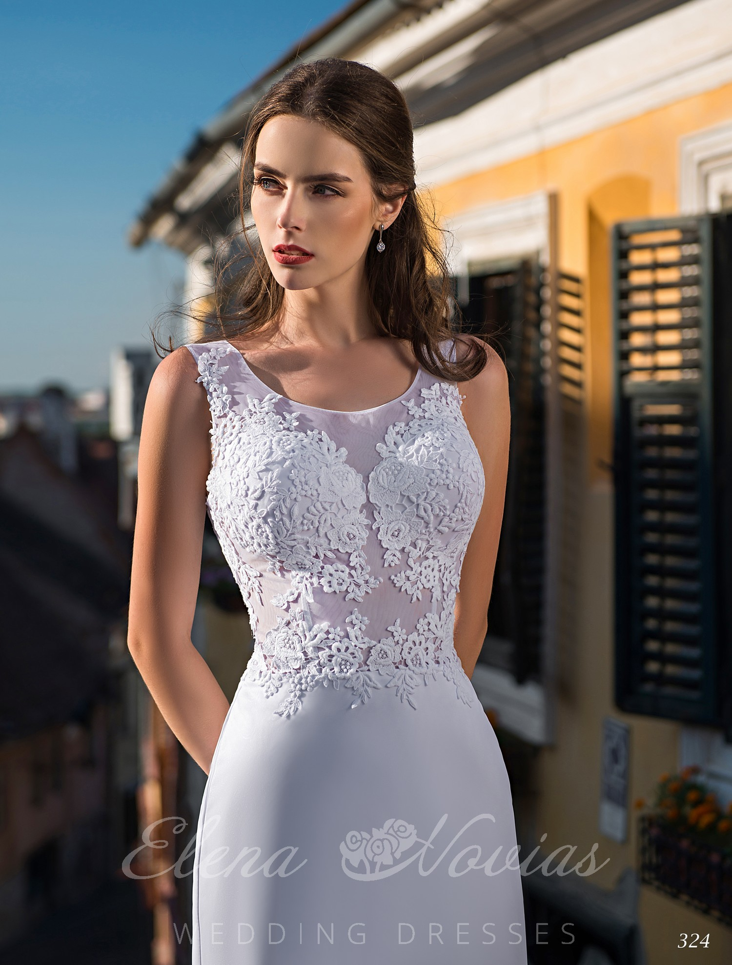 Light wedding dress with train wholesale from Elena Novias