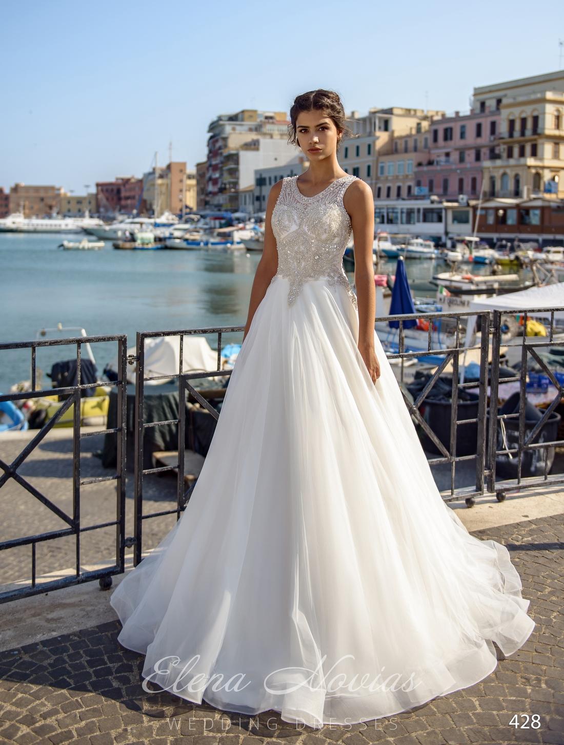 Пышное свадебное платье с расшитым корсетом оптом