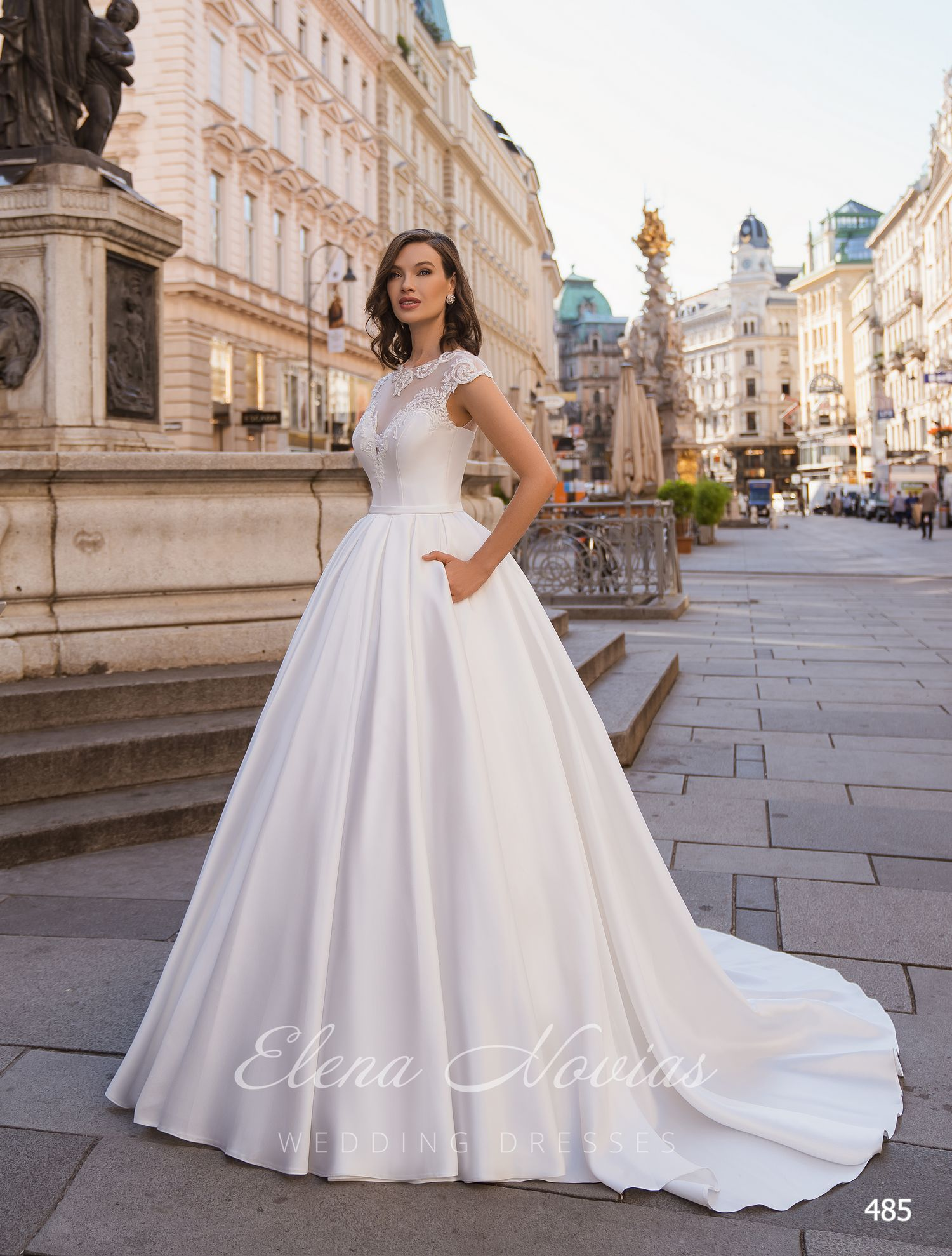 Wedding dresses 485
