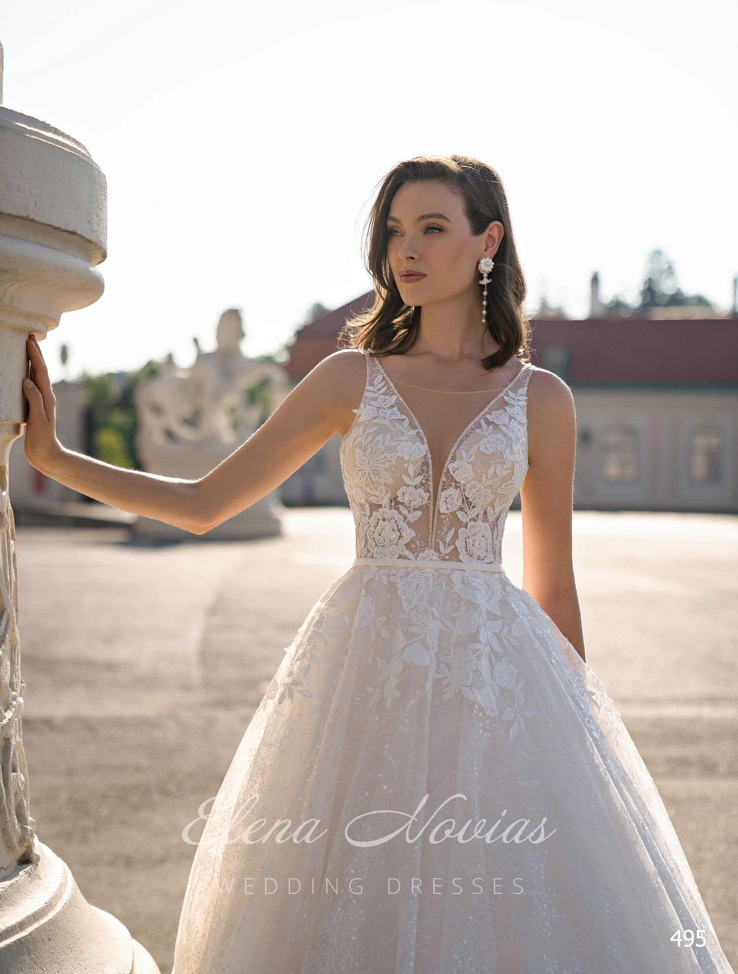 Wedding dresses 495 1