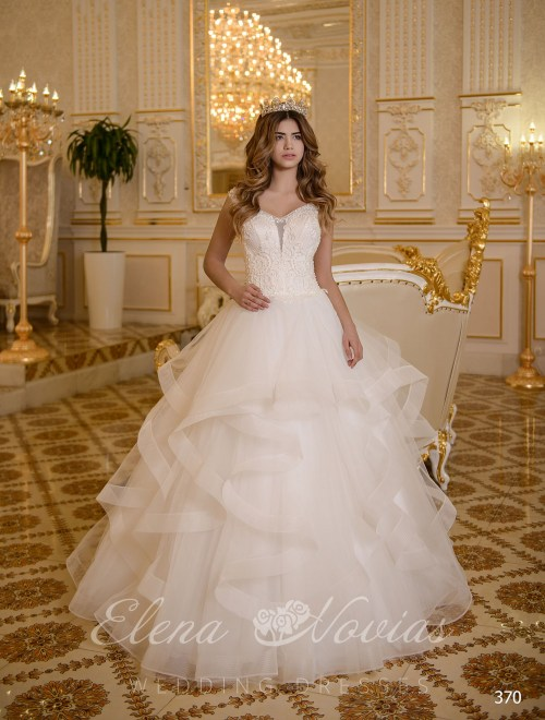 Classic wedding dress on wholesale in Ukraine 370