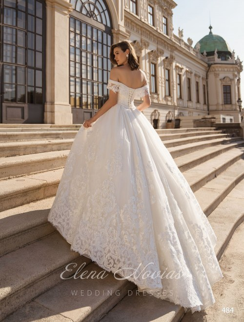 Wedding Dresses 484