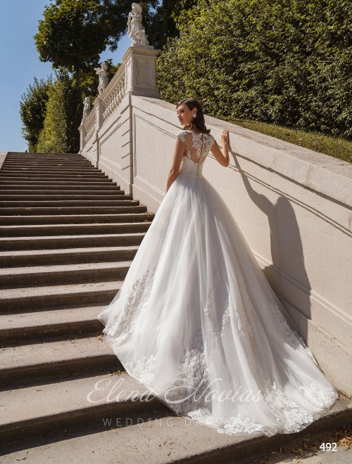 Wedding Dresses 492